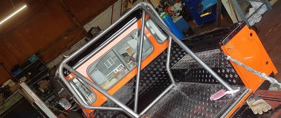land rover defender rear roll cage hoop